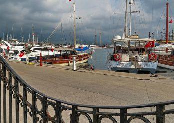 Kemer Port